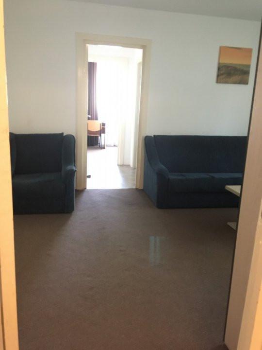 Apartament cu 2 camere, semidecomandat, de inchiriat, zona Take Ionescu. 7
