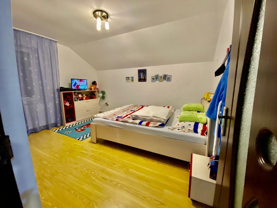 Casa individuala | De vanzare | 5 camere| Giarmata Mare | 19