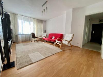 Apartament 4 camere | Decomandat | De vanzare | Foarte spatios V748