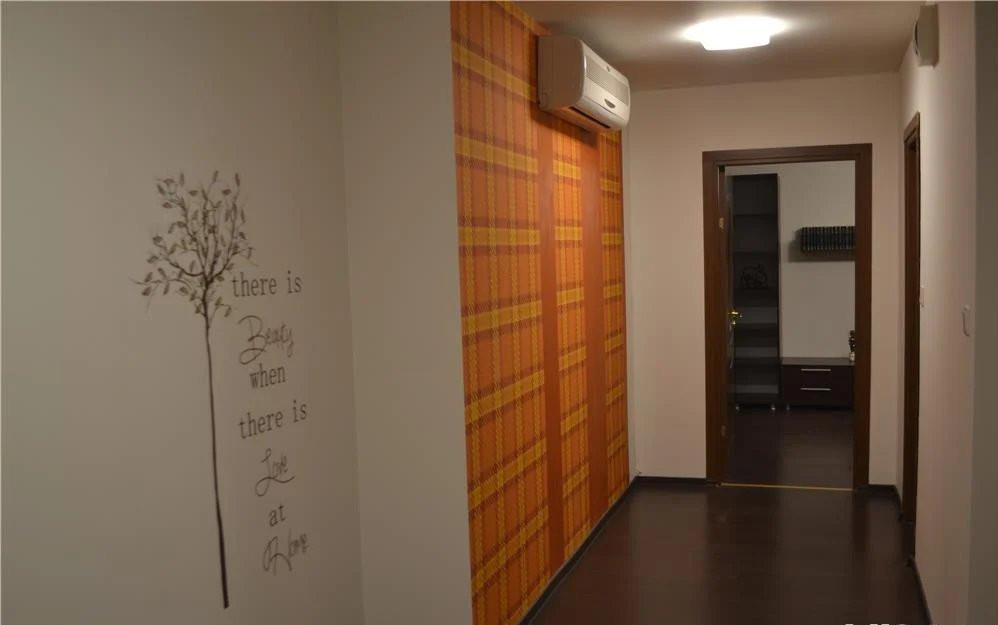 Apartament 2 camere   82 m2   Scara interioara   De inchiriat C746 5