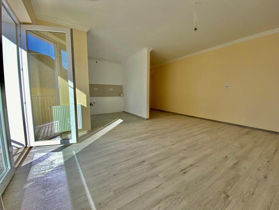 Apartament 2 camere   De vanzare   Semidecomandat   Bloc Nou V747 3