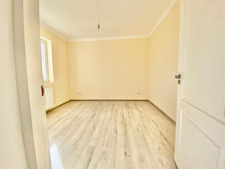 Apartament 2 camere   De vanzare   Semidecomandat   Bloc Nou V747 8