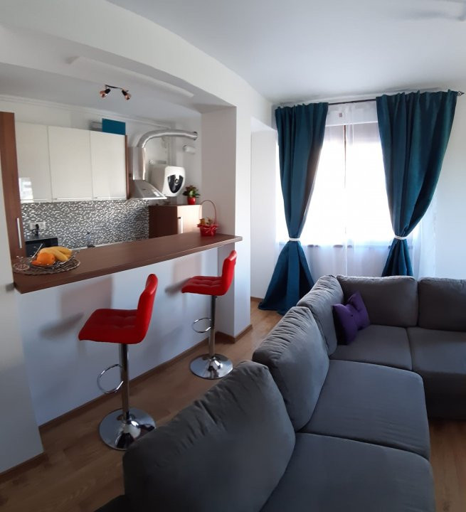 Apartament 3 camere de vanzare - Dumbravita  3