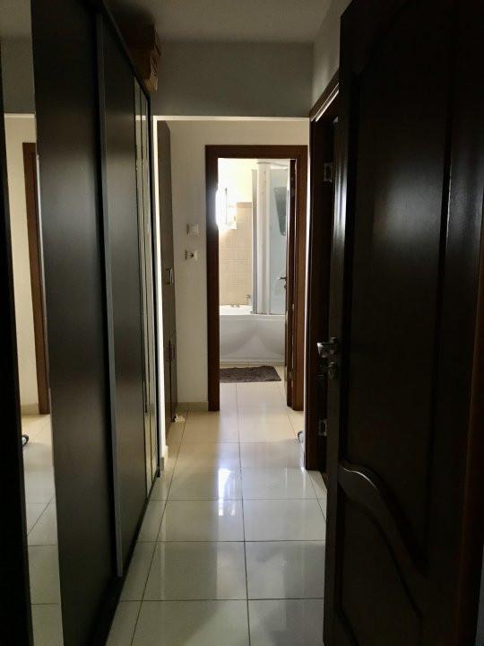 Apartament cu 3 camere, decomandat, de vanzare, zona Lipovei  6