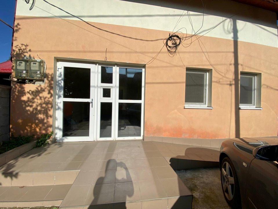 Spatiu 3 camere | De vanzare | Ideal birouri, business | 1