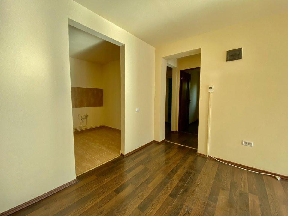 Spatiu 3 camere | De vanzare | Ideal birouri, business | 4
