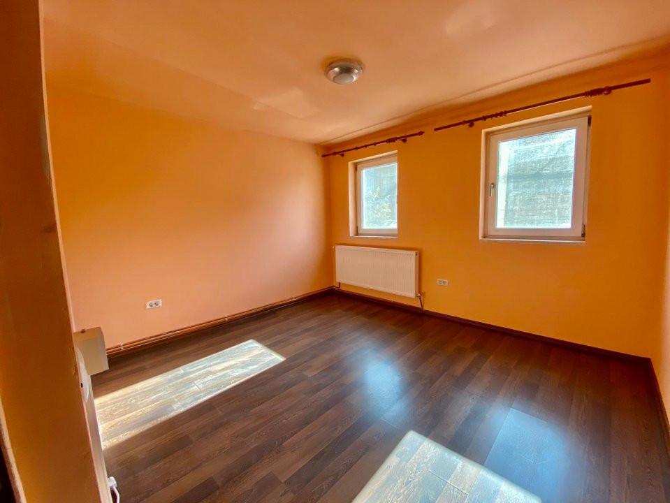 Spatiu 3 camere | De vanzare | Ideal birouri, business | 11