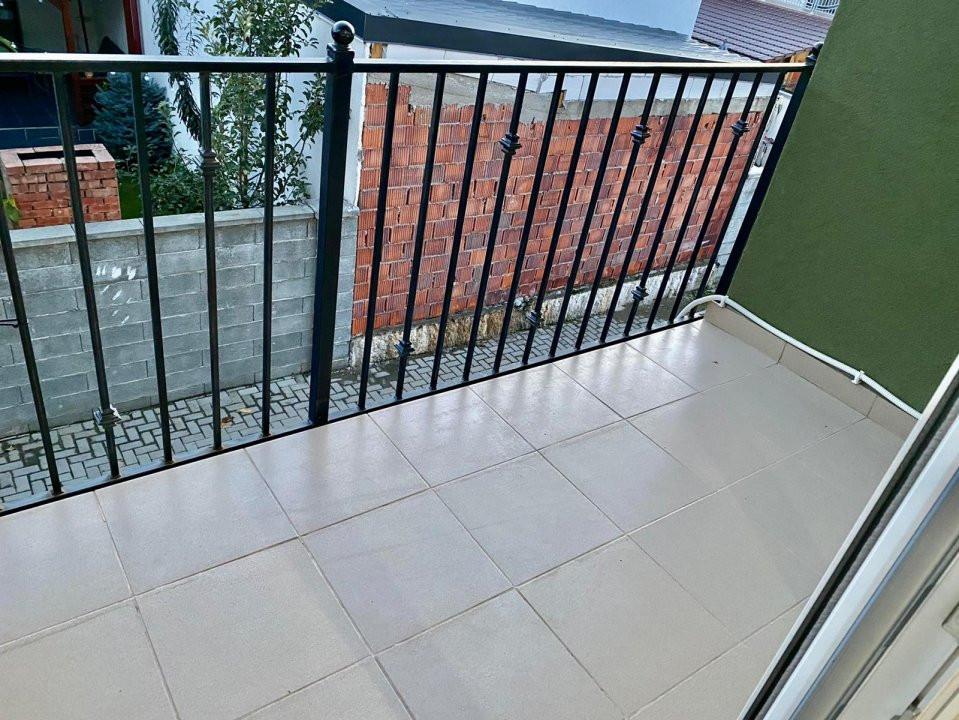 Apartament 2 camere   De vanzare   Semidecomandat   Dumbravita   8