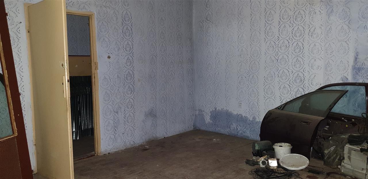 Casa de vanzare cu 3 apartamente si anexazona Fabrica de Bere - ID V270 16