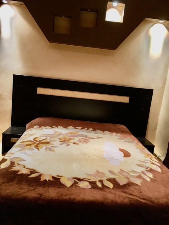 Apartament cu 3 camera, decomandat, de vanzare, zona Lipovei 15