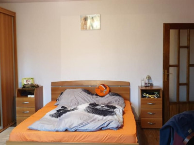 Apartament 4 camere de vanzare Girocului - ID V266