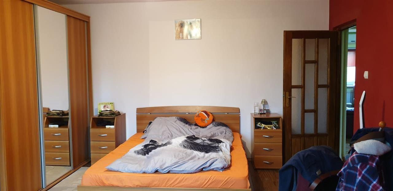 Apartament 4 camere de vanzare Girocului - ID V266 1