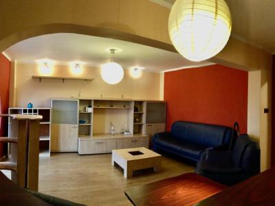Apartament cu 2 camere, semidecomandat, de vanzare, zona Gheorghe Lazar.