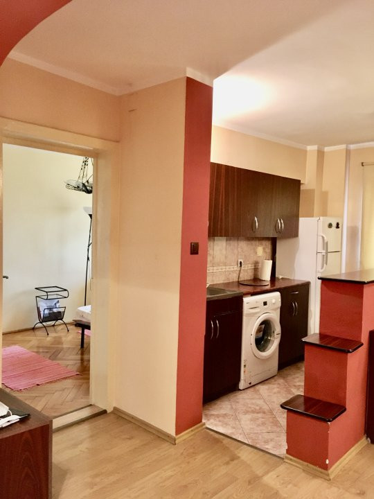 Apartament cu 2 camere, semidecomandat, de vanzare, zona Gheorghe Lazar. 7