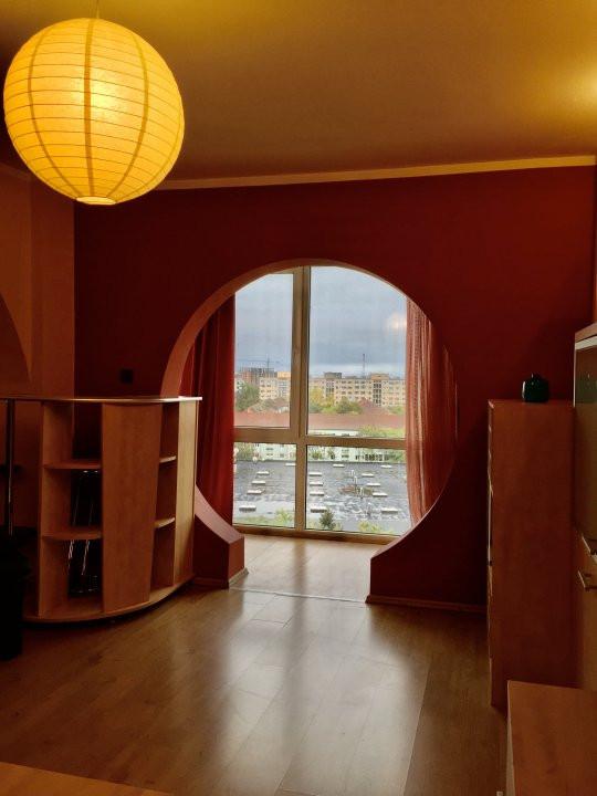 Apartament cu 2 camere, semidecomandat, de vanzare, zona Gheorghe Lazar. 10