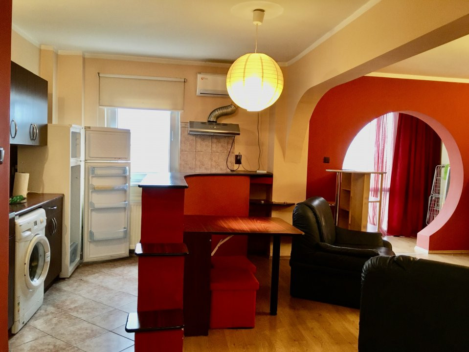 Apartament cu 2 camere, semidecomandat, de vanzare, zona Gheorghe Lazar. 11