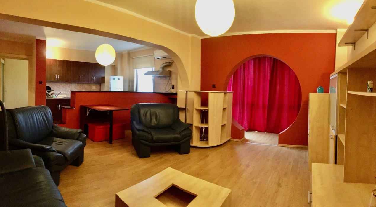 Apartament cu 2 camere, semidecomandat, de vanzare, zona Gheorghe Lazar. 14