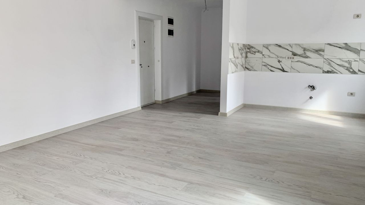 Apartament cu doua camere de vanzare | Centrala proprie | Semi-decomandat 4