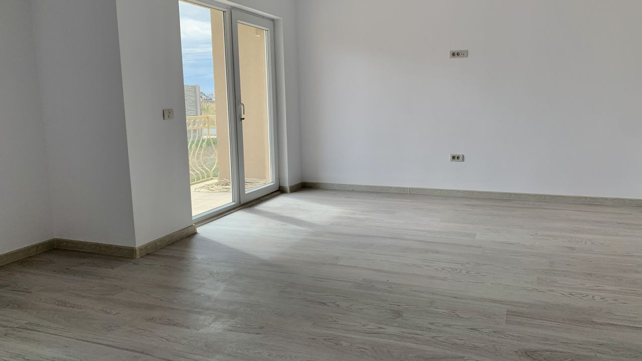 Apartament cu doua camere de vanzare | Centrala proprie | Semi-decomandat 9