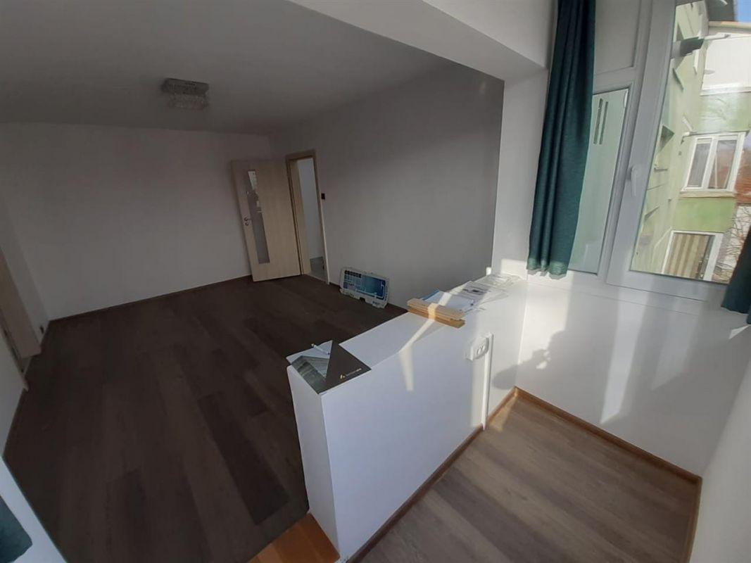 Apartament 2 camere de vanzare Take Ionescu - ID V201 2