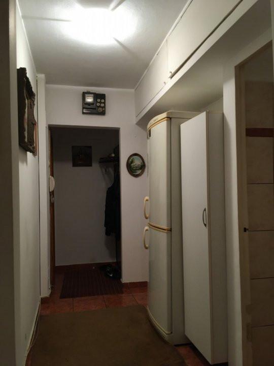 Apartament cu 3 camere, semidecomandat, de vanzare, zona Cetatii. 10