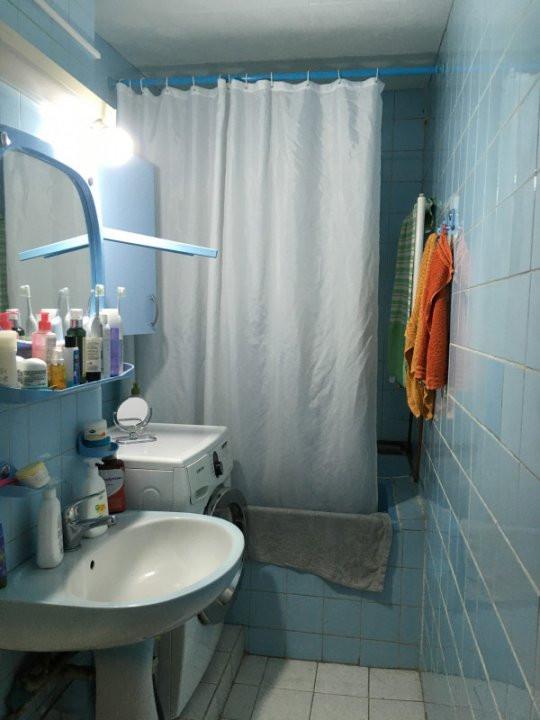 Apartament cu 3 camere, semidecomandat, de vanzare, zona Dacia. 7