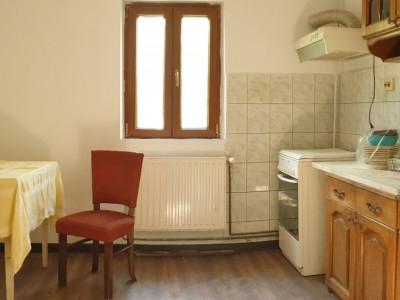 Apartament 2 camere de confort 1 de vanzare Zona Modern