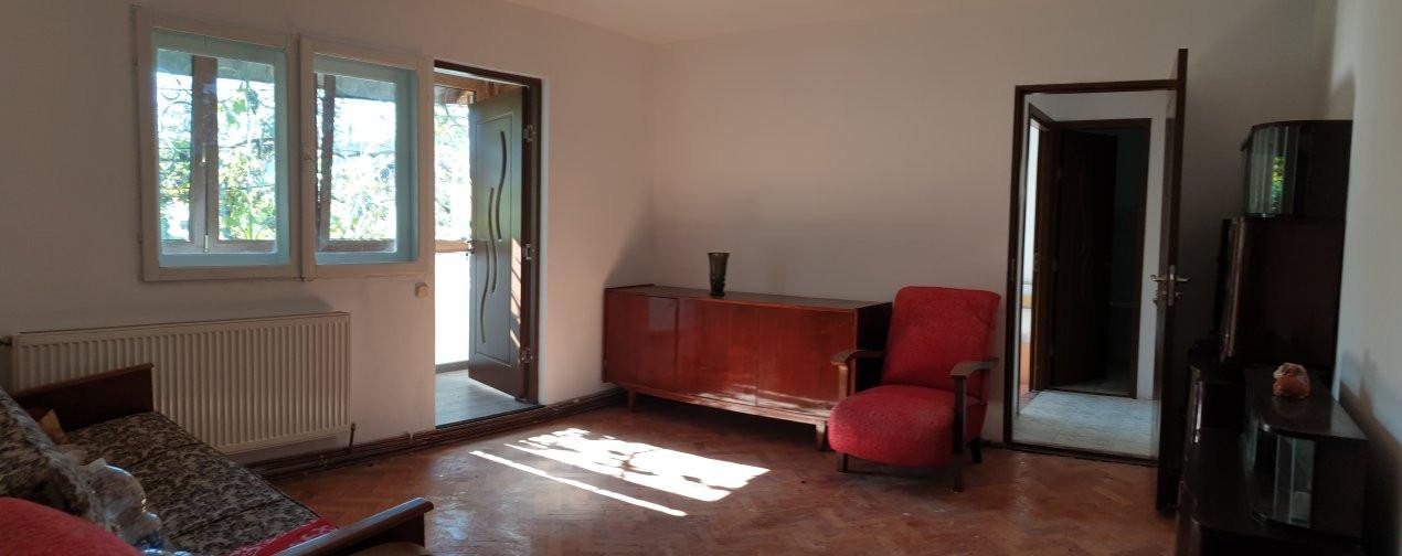 Apartament 2 camere de confort 1 de vanzare Zona Modern 5