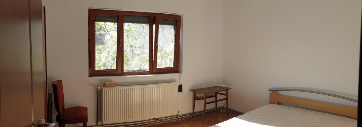 Apartament 2 camere de confort 1 de vanzare Zona Modern 2