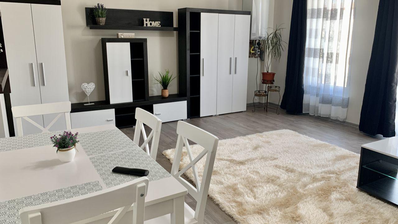Apartamanet cu o camera | Semidecomandat | Giroc | Cartierul Planete 3