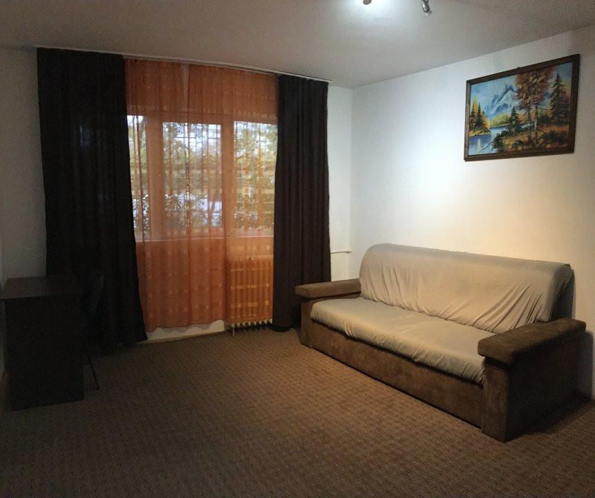 Apartament cu 2 camere, semidecomandat, de vanzare, zona Take Ionescu. 1