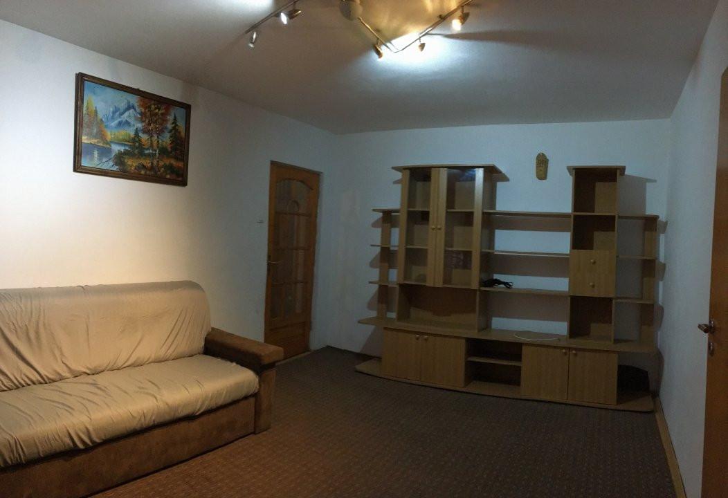 Apartament cu 2 camere, semidecomandat, de vanzare, zona Take Ionescu. 2