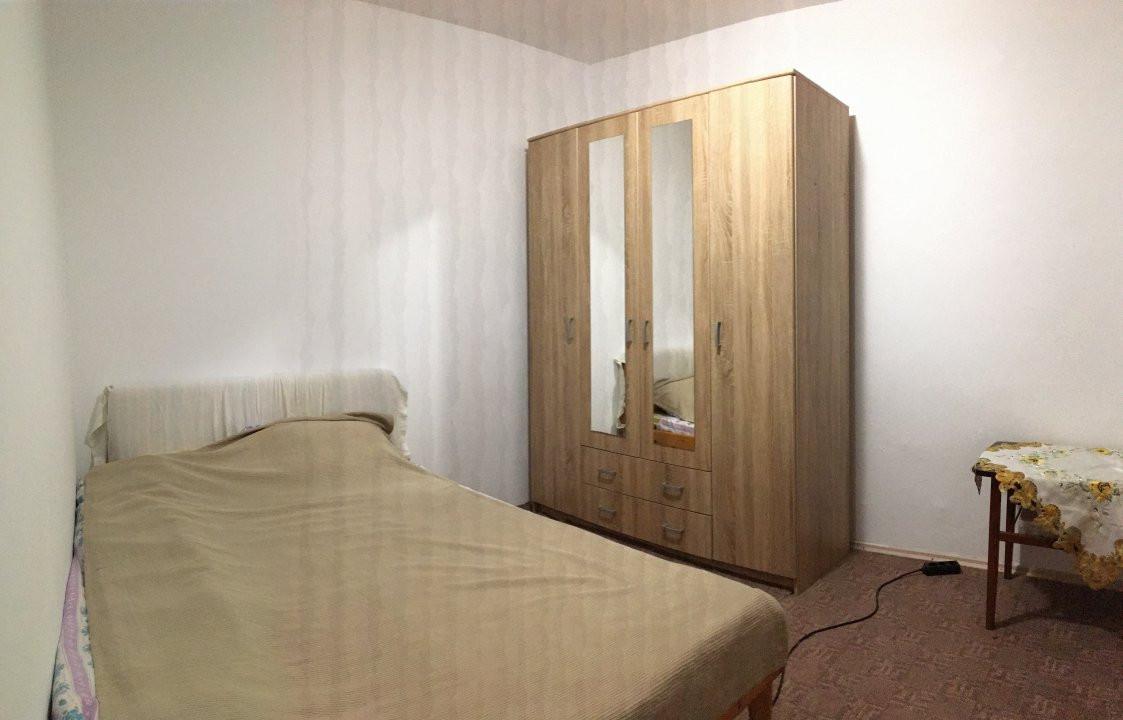 Apartament cu 2 camere, semidecomandat, de vanzare, zona Take Ionescu. 3