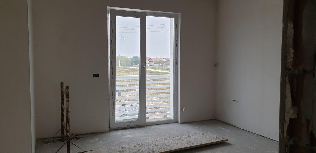 Casa tip duplex 4 camere de vanzare Mosnita Noua 9