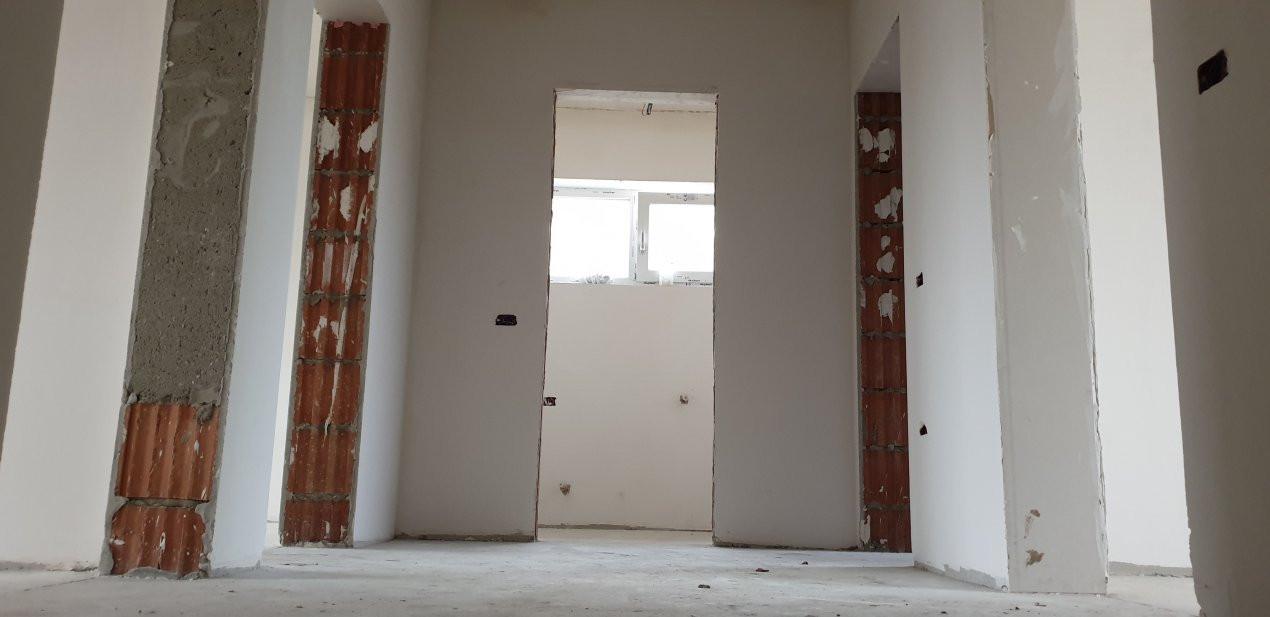 Casa tip duplex 4 camere de vanzare Mosnita Noua 13