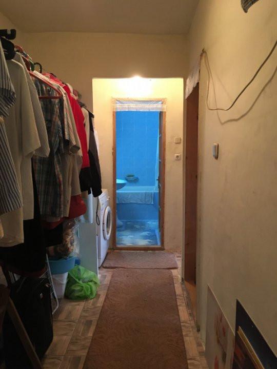 Apartament cu 3 camere, decomandat, de vanzare, zona Lipovei. 9