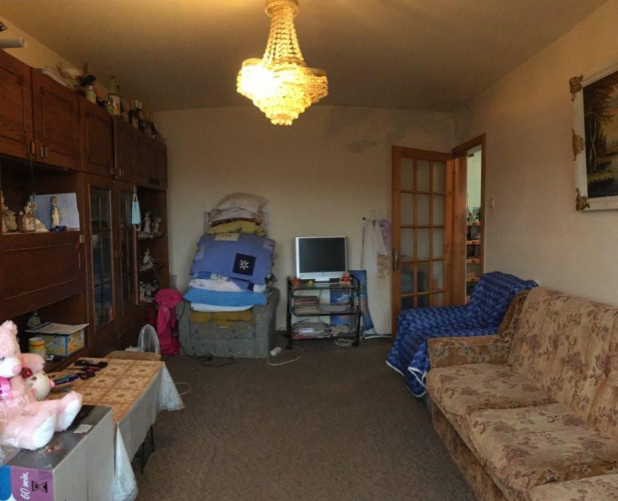 Apartament cu 3 camere, decomandat, de vanzare, zona Lipovei. 11