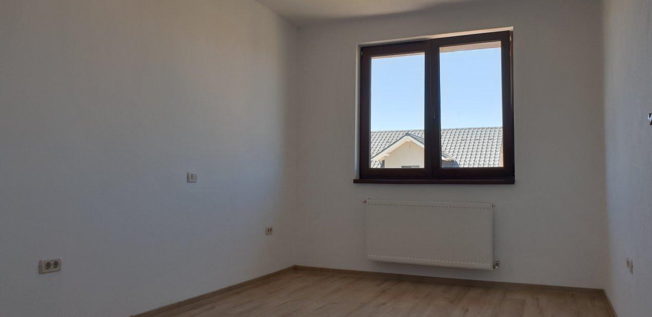 Duplex de inchiriat 4 camere Mosnita Noua 14