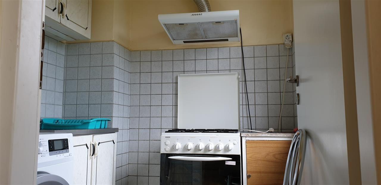 Apartament 4 camere de vanzare confort 3 zona Sagului - ID V279 5