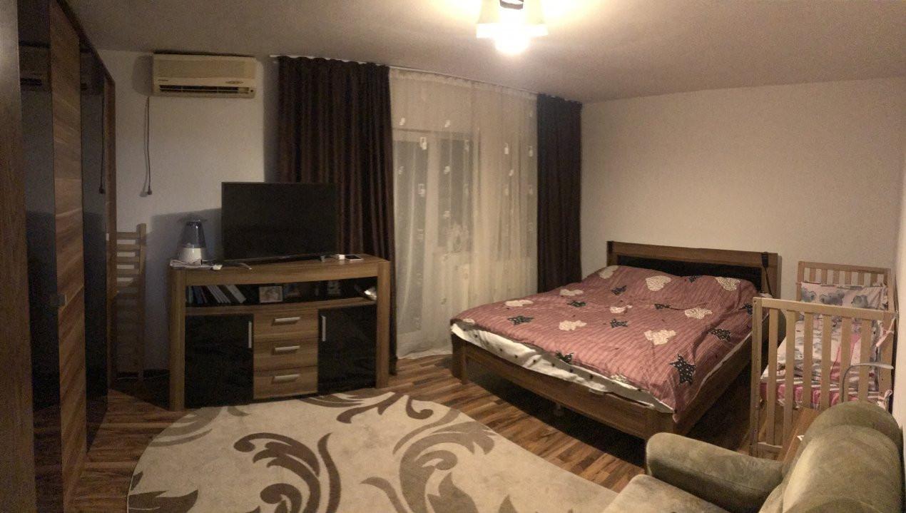 Apartament spatios, 2 camere, decomandat, de vanzare, zona Bucovina 1