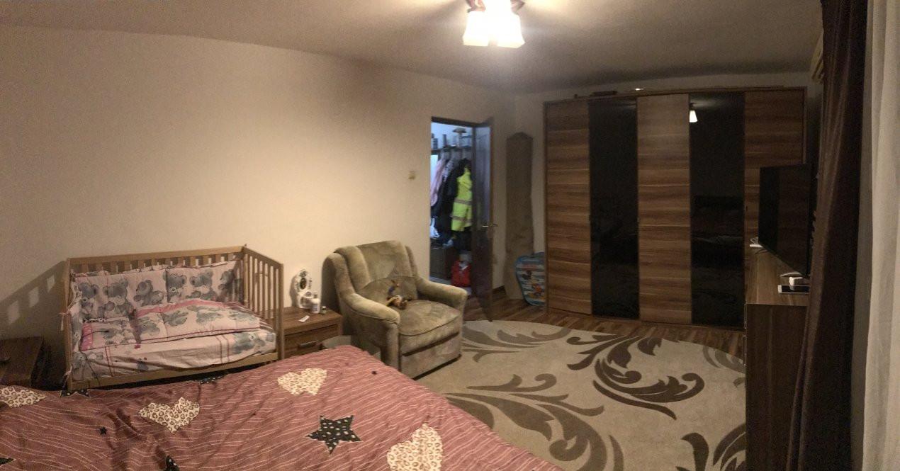 Apartament spatios, 2 camere, decomandat, de vanzare, zona Bucovina 2