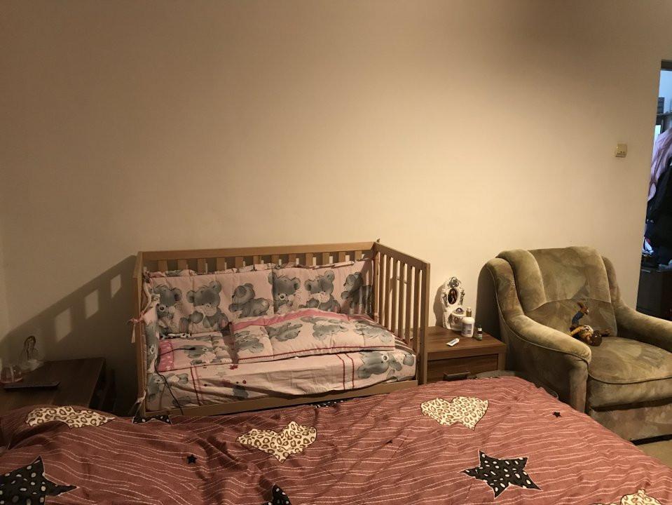 Apartament spatios, 2 camere, decomandat, de vanzare, zona Bucovina 4