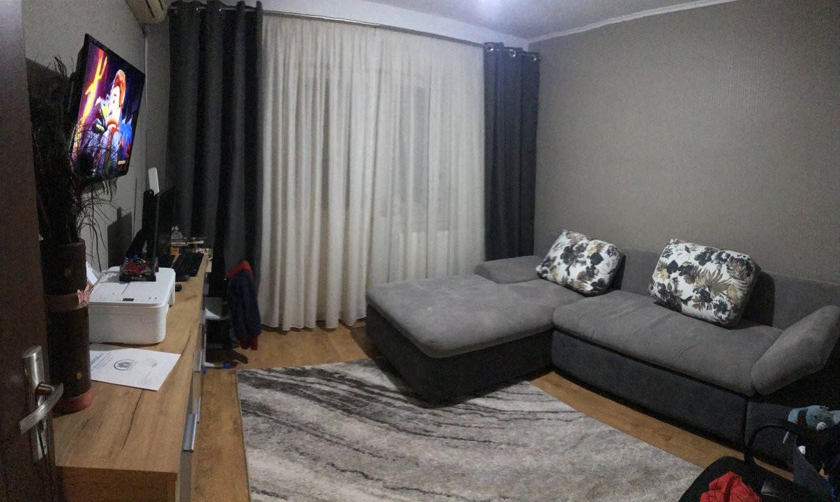 Apartament spatios, 2 camere, decomandat, de vanzare, zona Bucovina 10