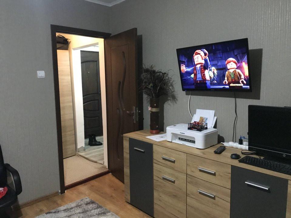 Apartament spatios, 2 camere, decomandat, de vanzare, zona Bucovina 13