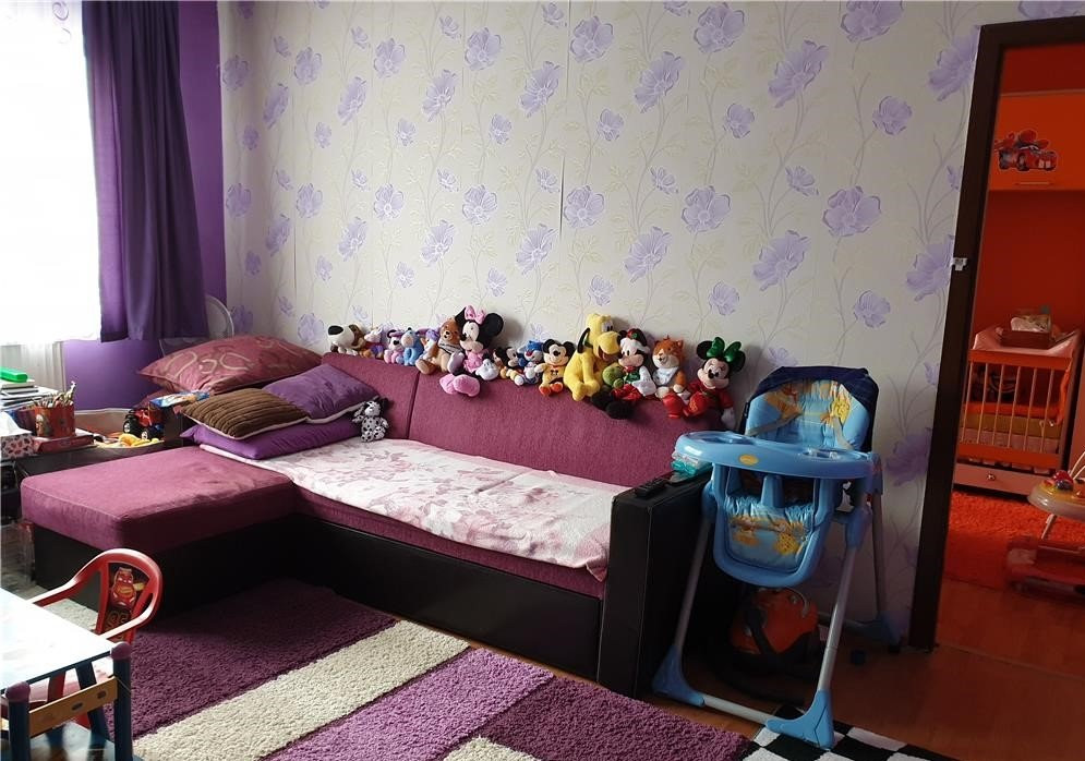 Apartament cu 2 camere, semidecomandat, de vanzare, zona Circumvalatiunii 2