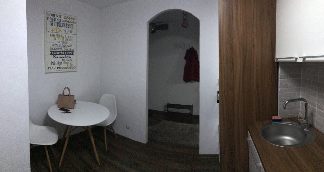 Apartament cu 2 camere, semidecomandat, de vanzare, calea Aradului 3
