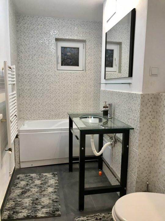 Apartament cu 2 camere, semidecomandat, de vanzare, calea Aradului 13