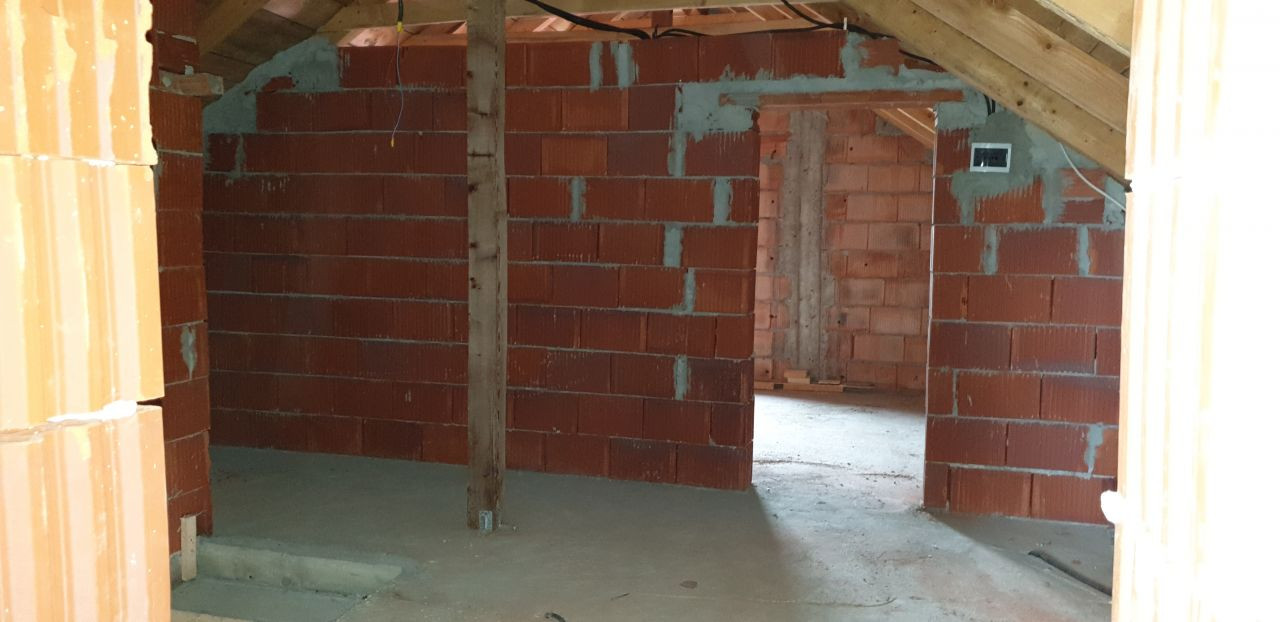 Casa individuala de vanzare 5 camere in Mosnita Noua - ID V153 16