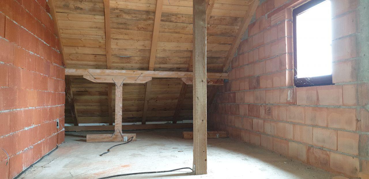 Casa individuala de vanzare 5 camere in Mosnita Noua - ID V153 19