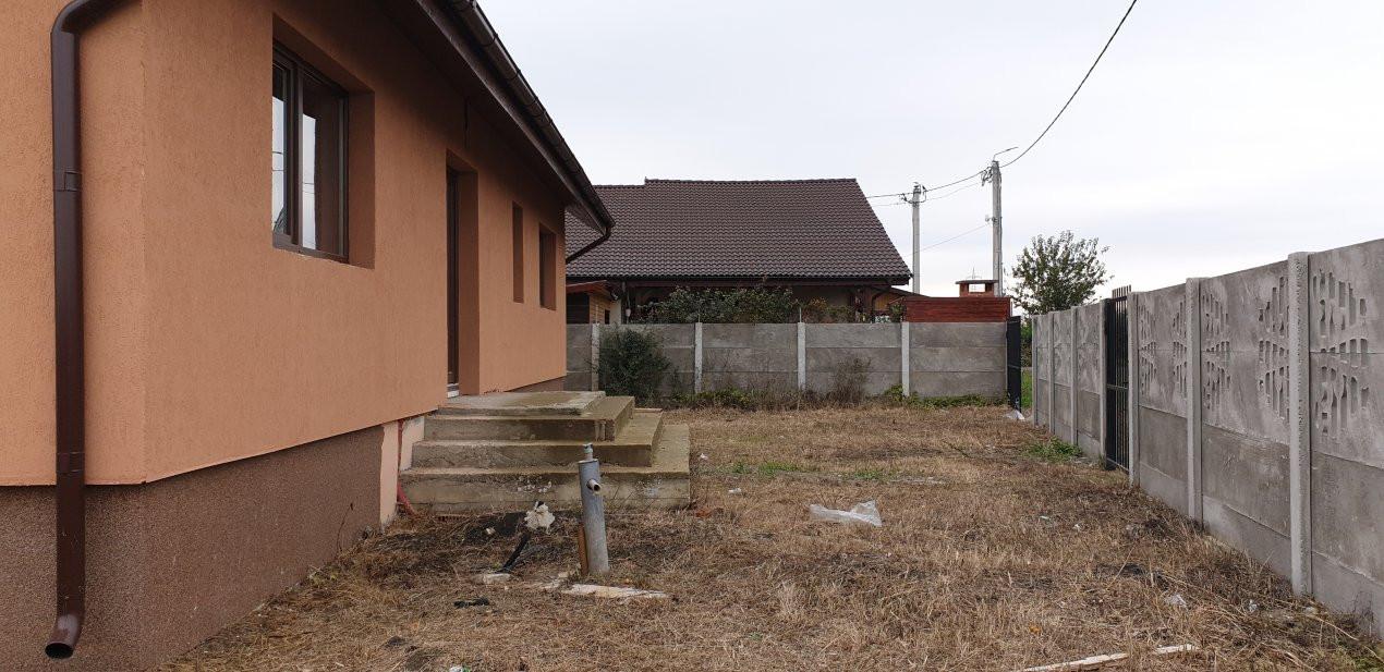 Casa individuala de vanzare 5 camere in Mosnita Noua - ID V153 20